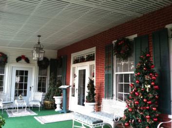 Holiday Decorated Front Porch at Green River Plantation