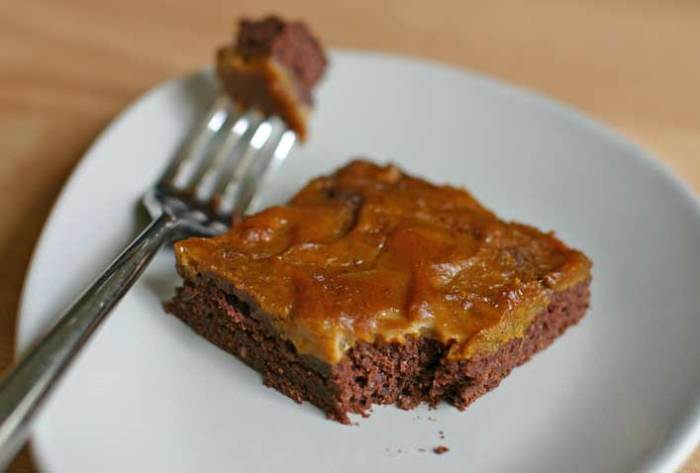Vegan Brownies with Pumpkin and Caramel