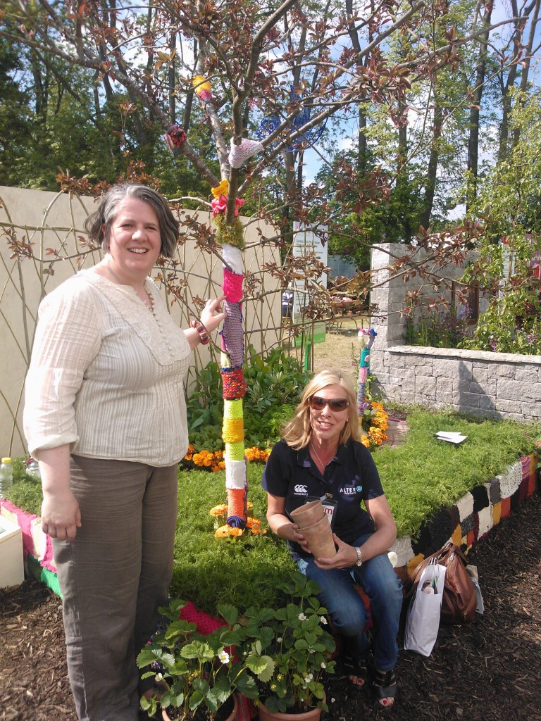 Thursday volunteers Ruth (standing) & Caroline (sitting) at the CGN Postcard Garden
