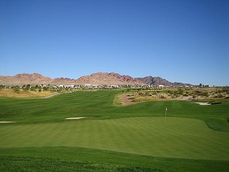 Boulder Creek Golf Club Boulder City Nevada. Desert Hawk Hole 2 Par 5 582 yards.