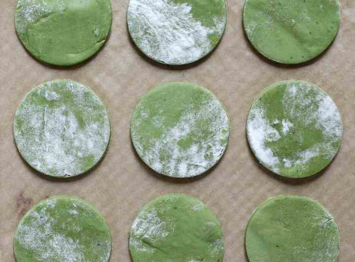 Vegan Matcha Shortbread Sandwich Cream Cookies