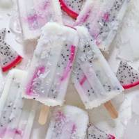 Piña Colada Dragonfruit Smoothie Popsicles