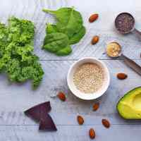 How to Balance Hormones : Eat These 7 Foods Daily