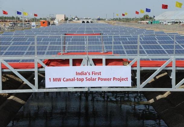 erstes indisches Projekt zum Bau solarüberdachter Kanäle