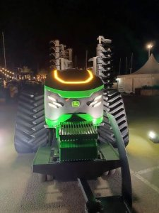 Будущее фермерского хозяйства с электрической и автономной сельскохозяйственной техникой