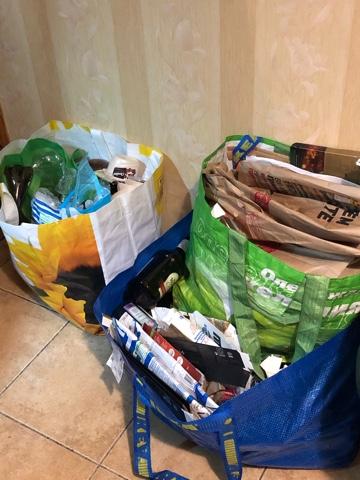 Сортировка мусора в квартире по пакетам