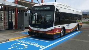 Вашингтонские электроавтобусы получают 300кВт беспроводную систему зарядки