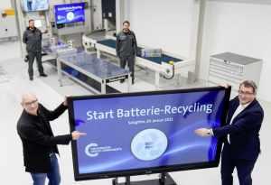 Volkswagen открыл завод по утилизации аккумуляторов электромобилей