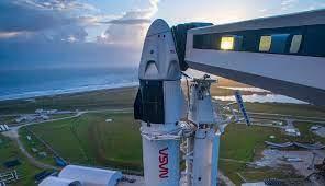 SpaceX модернизирует Dragon