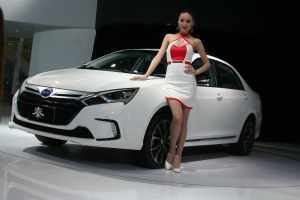 Китай будет менять схему субсидирования производства и покупки электромобилей