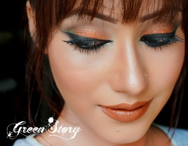 Copper And Green Eye Makeup