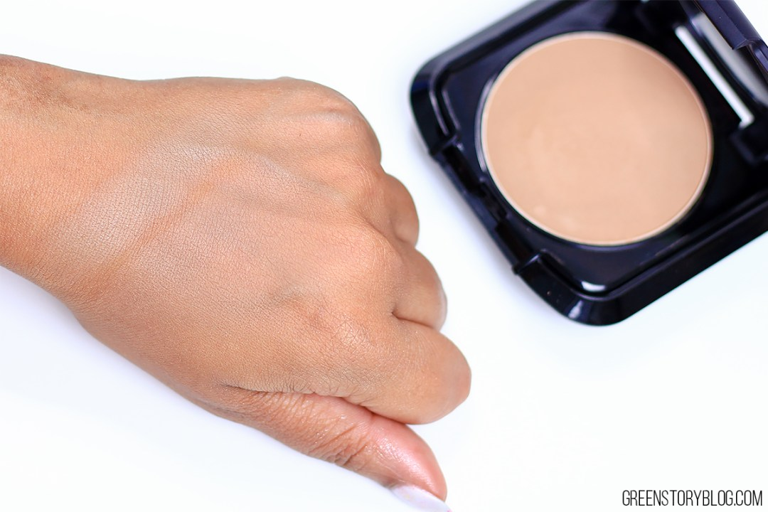 Palladio Wet & Dry Powder Foundation Swatch - Tawny
