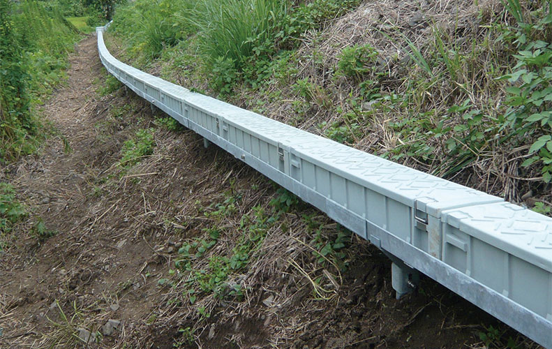 Green Trough Elevated system also available.