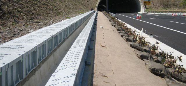 Green Trough can be used for highway/road cable routes.