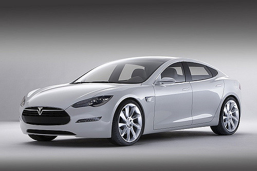 Tesla cars: Range and speed