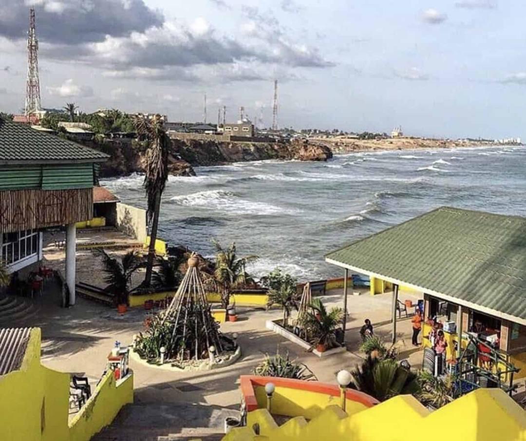Osekan beach resort