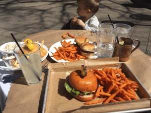 The Nose Dive – Restaurant Review – Dog/Kid Friendly – Greenville SC