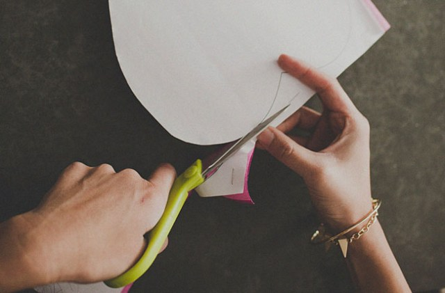 DIY-gigante-papel-rosa-05