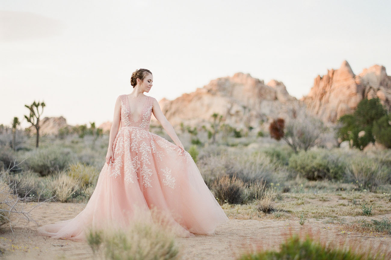 Pretty in Pink: Our Favorite Blush Wedding Dresses - Green Wedding Shoes
