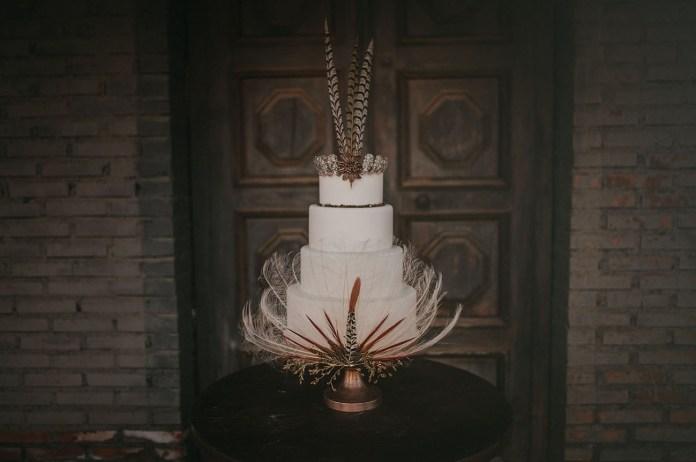 white feather cake