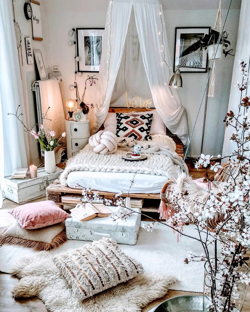 Our Favorite Boho Bedrooms (and How to Achieve the Look ... on Boho Bedroom  id=85737