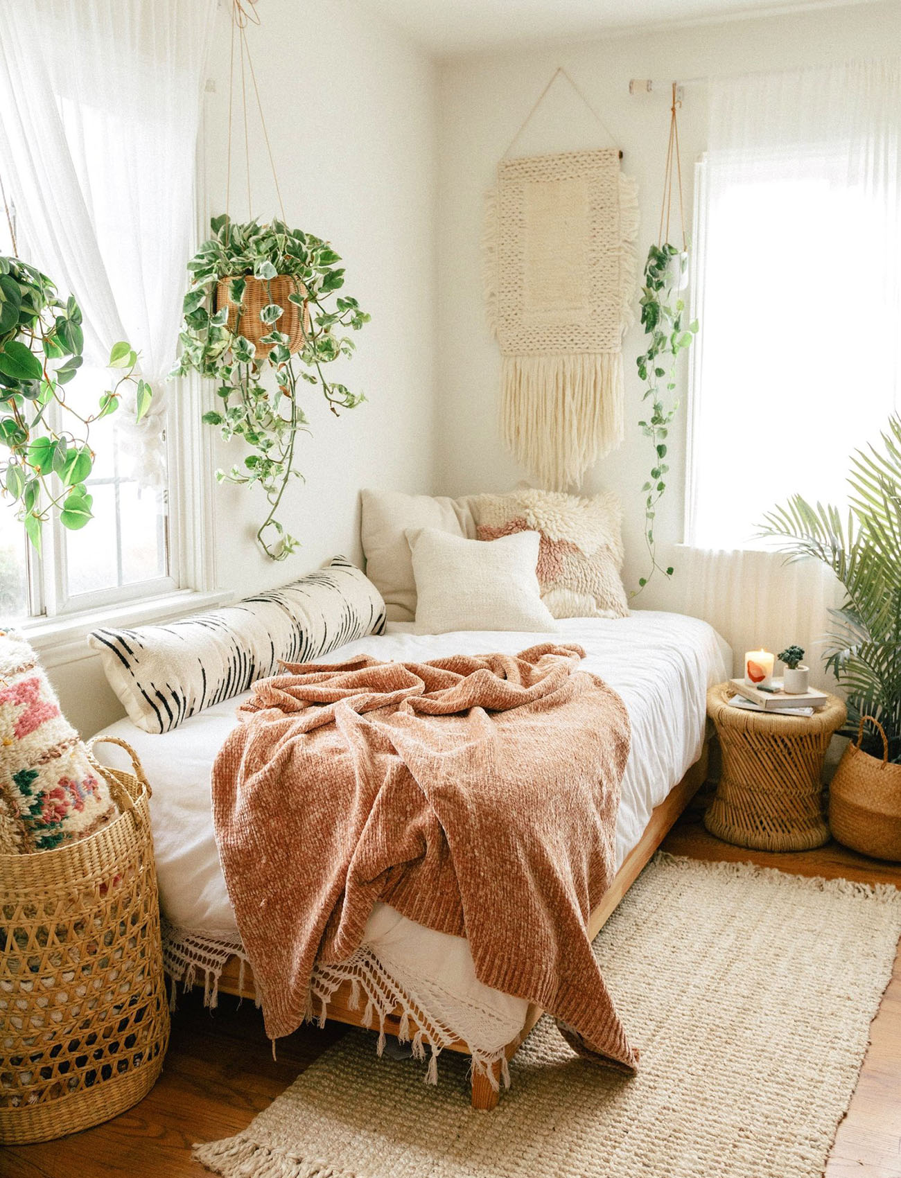 Our Favorite Boho Bedrooms (and How to Achieve the Look ... on Boho Bedroom  id=72191