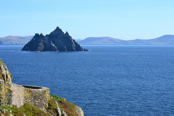 ireland-skellig-little-view