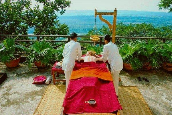 yoga-Ananda-Spa-Himalayas