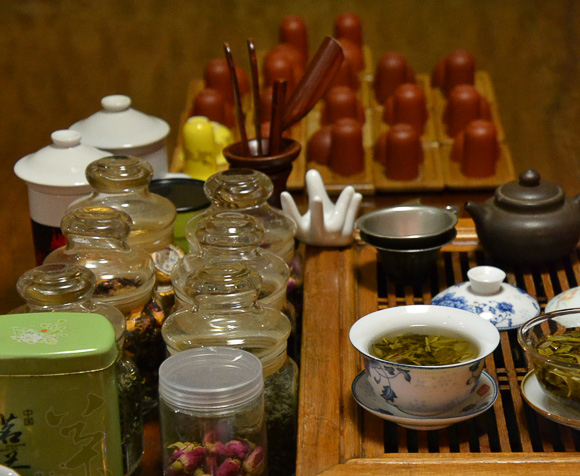 tea ceremony with Viking River China