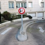 funny-picture-photo-sign-paris-mainblanche-pic