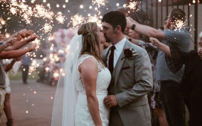 Postponing Your Wedding Due to Coronavirus? Read This