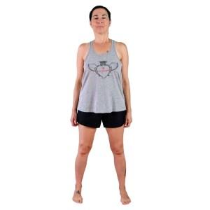 camiseta de tirantes gris vegana love yourself