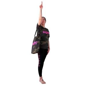 Bolso reciclado y camiseta hope de camuflaje