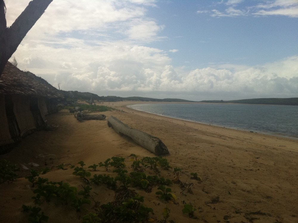 KIWAYU BEACH RESORT (2/6)