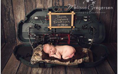 Tayven :: {Kalamazoo Michigan Newborn Baby Photography}