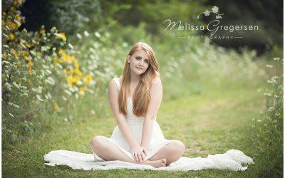 Julia :: {Kalamazoo Michigan High School Senior Photographer}