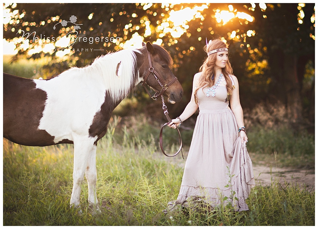 Horse photography at sunset with pretty girl