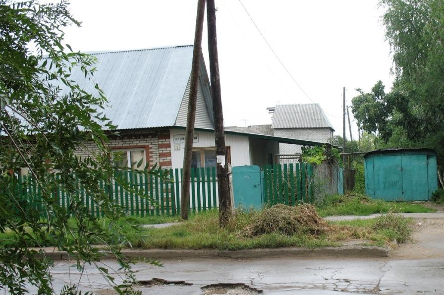 напротив колонии - деревня Измайловского пер.