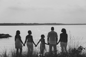 family-130908_tonic_03