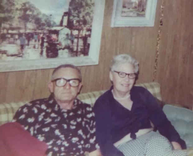 Bea and Wilbur Hile