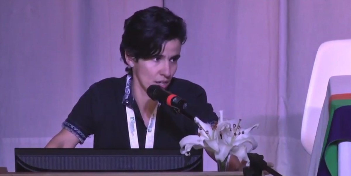 """Dra. Paola Pineda: """"Cannabis medicinal: Experiencia en Colombia"""""""