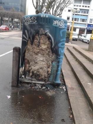 HLMs de Hoche: Container incendié en décembre