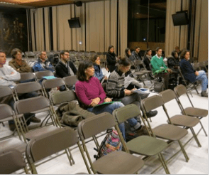 20 parents d'élèves jeudi dernier sur 17 000 pour écouter E.Martin et F.Malbet. Les familles ont compris qu'on fait semblant de les consulter pour pouvoir les taxes