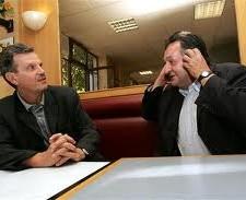 En 2004 Raymond Avrillier (Verts/Ades) était Vice Président de la Métro, membre de la majorité Destot avec élus Verts/Ades. Ici avec Alain Pilaud Président (PS) d'Alpexpo dont les déficits sont encore payés par les grenoblois, condamné en correctionnelle