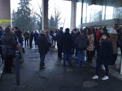 Les manifestants arrivaient ce matin