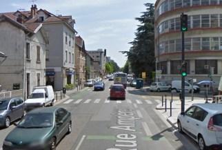 Feu piéton supprimé rue Ampère