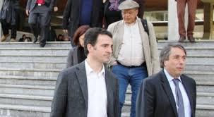 Eric Piolle (Verts/PG) et M.Destot (PS): depuis 22 ans eux mêmes et leurs partis sont aux manettes de l'agglomération et ont tout bloqué: conséquence le 5 eme et el 7 eme bouchon nationaux sont grenoblois!