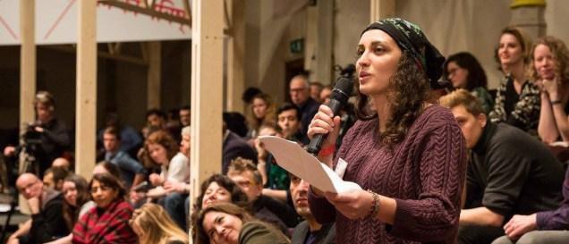 Camille Dantec-Ferri est compétente pour orienter les jeunes: elle a l'expérience notamment de Nuit Debout à Grenoble . Le lien avec le budget participatif est évident.
