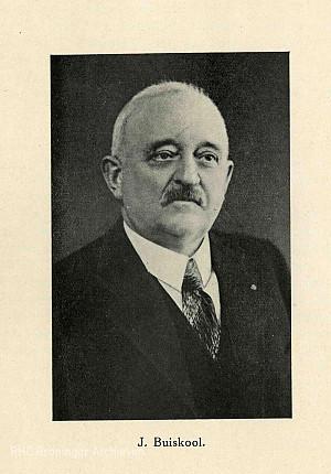 Ds. J. Buiskool, Mussolini van het noorden