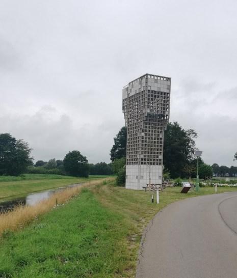 De luchtwachttoren bij Schoonebeek